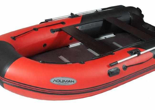 Кокпит надувной лодки «Лоцман М 380»