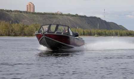 Днище катера «Ка-Хем 700»