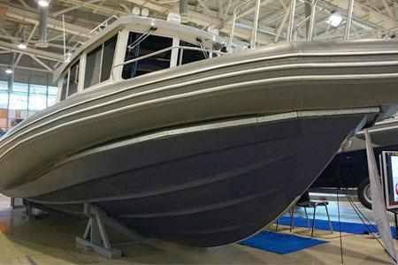 Реданы на днище катера «БЛ-1200»