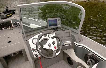 Консоль лодки «Alumacraft Trophy 165 Sport»