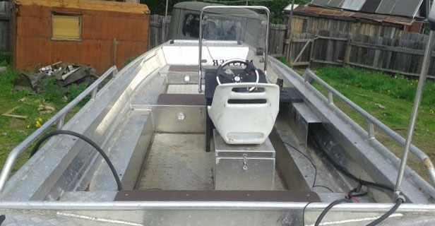 Компоновка лодки «Мастер 600»