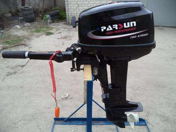 Китайский лодочный моторParsun