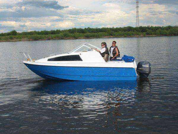 Моторная лодка Север 600