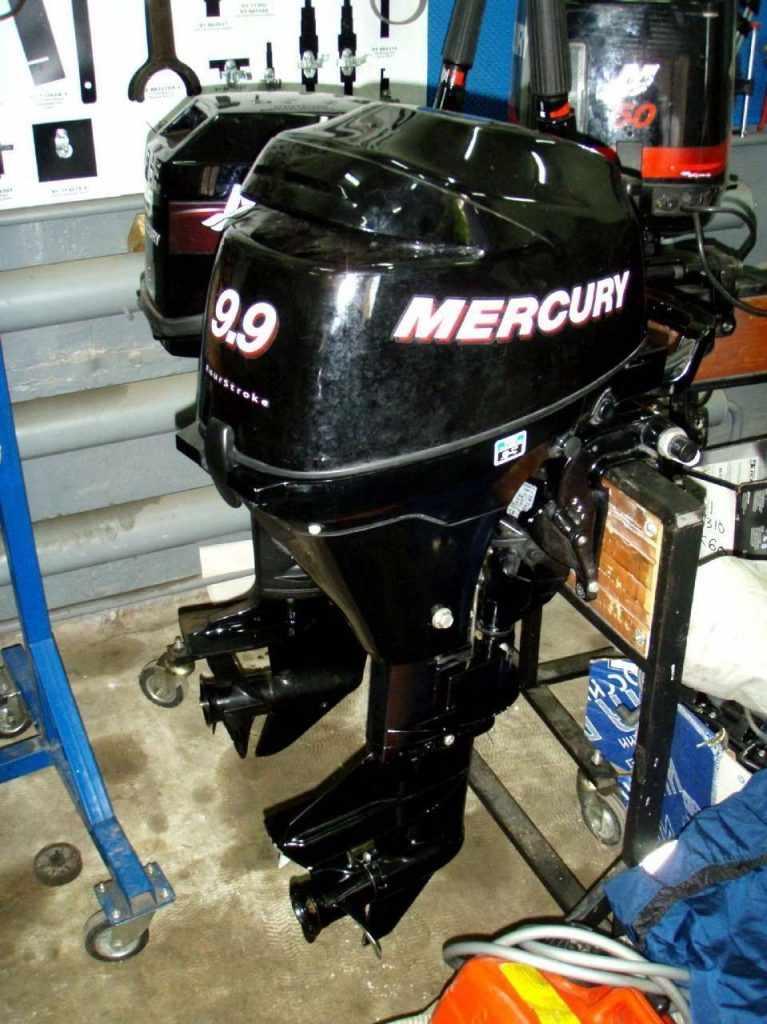 Лодочный мотор «Меркурий 9.9» 2 такта