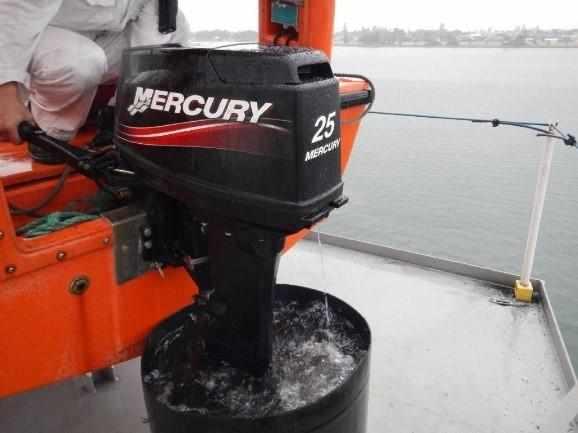 Техническое обслуживание четырехтактного лодочного мотора