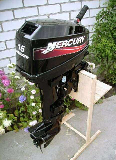 Лодочный мотор Mercury 15 л. с. двухтактный