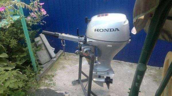 Лодочный мотор Хонда BF 20