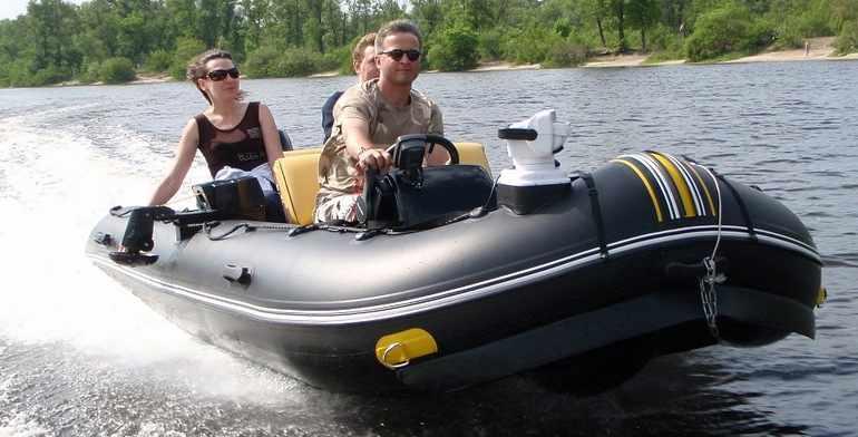 Простота и надёжность корпуса надувной лодки