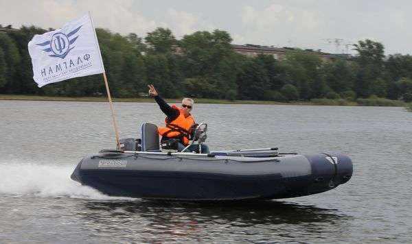 Надувная лодка Флагман
