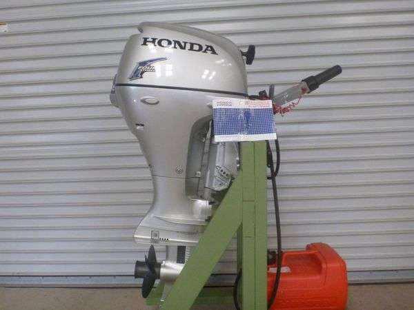 Лодочный мотор Хонда 20 л.с 4-х тактный