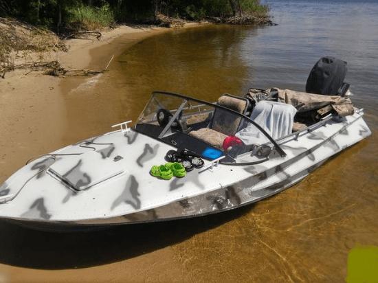 Моторная лодка «Обь 2»
