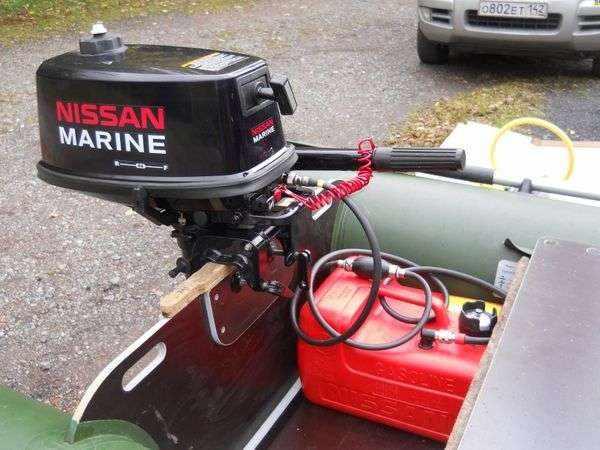 2-х тактный лодочный мотор Ниссан Марине
